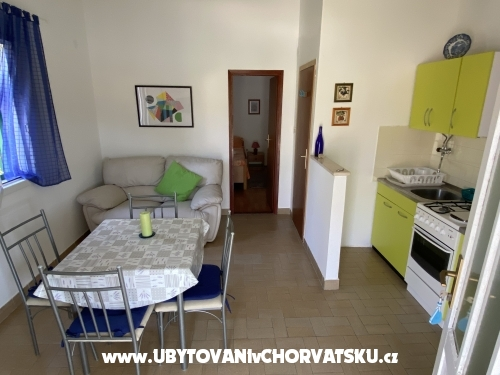 Appartements Ružica - Rogoznica Kroatien