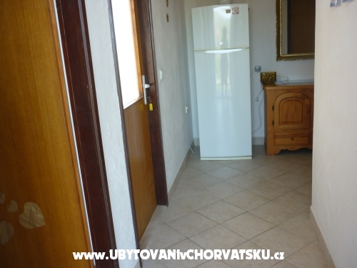 Apartments Škaro - Rogoznica Croatia