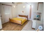Appartements Škarpa - Rogoznica Kroatien