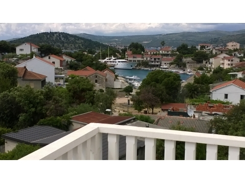 Apartments Lana - Rogoznica Croatia
