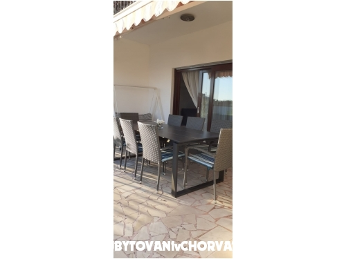Apartmaji Tomislav Brnas - Rogoznica Hrvaška