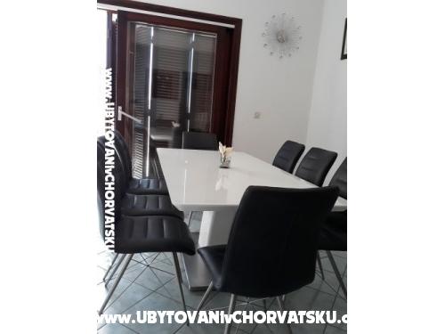 Apartmány Tomislav Brnas - Rogoznica Chorvatsko