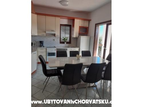 Apartmány Tomislav Brnas - Rogoznica Chorvátsko