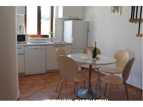 Appartamenti Tomislav Brnas - Rogoznica Croazia