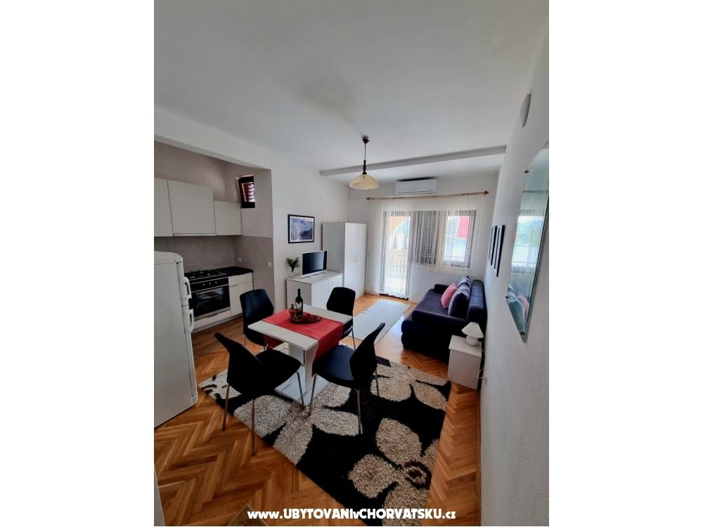 Apartmani Vedrana - Rogoznica Hrvatska
