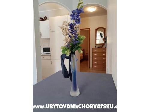 Apartm�ny Vesna - Rogoznica Chorv�tsko