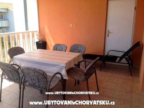 Apartamenty ***Villa Mija*** - Rogoznica Chorwacja