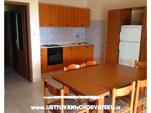 Appartements ***Villa Mija*** - Rogoznica Croatie