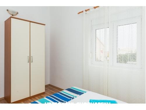 Apartamenty Zori�i� - Rogoznica Chorwacja