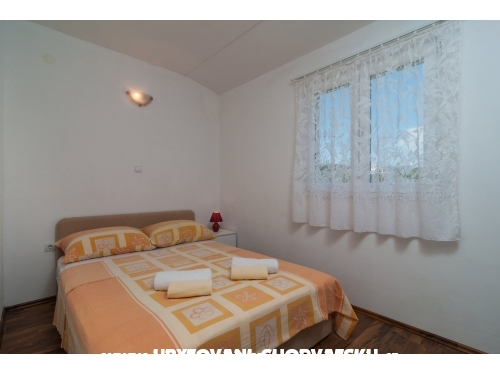 Apartments ELLE - Rogoznica Croatia