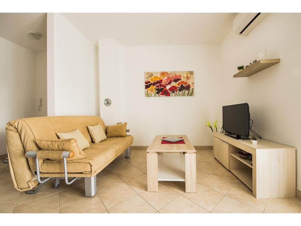 Apartmanok Magnolia - Rogoznica Horvátország