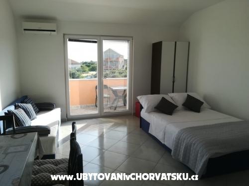 Apartments Rajko - Rogoznica Croatia