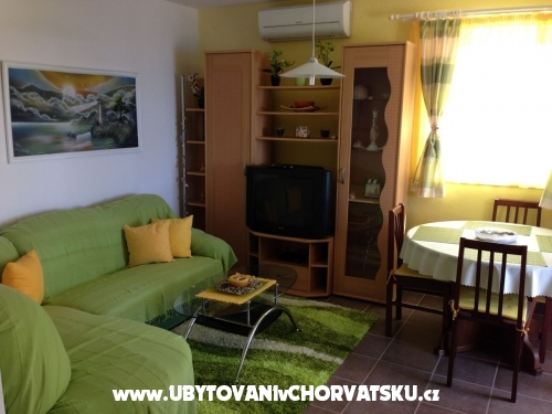 Apartments Batić - Rogoznica Croatia