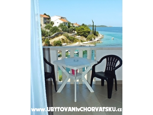Apartments Sandra - Rogoznica Croatia