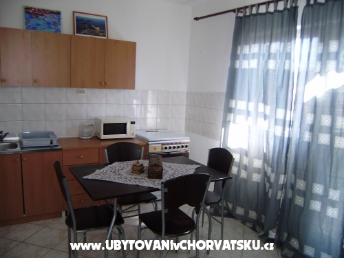 Apartmani Silvia - Rogoznica Hrvatska