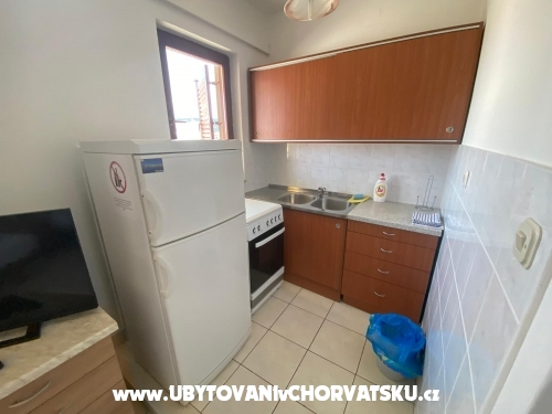 Apartments Viktor - Rogoznica Croatia