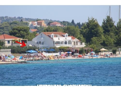 Doogaloo Ferienwohnungen - Rogoznica Kroatien