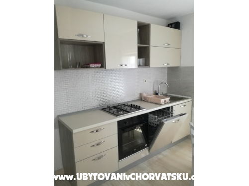 Kuća na plaži - Rogoznica Hrvatska