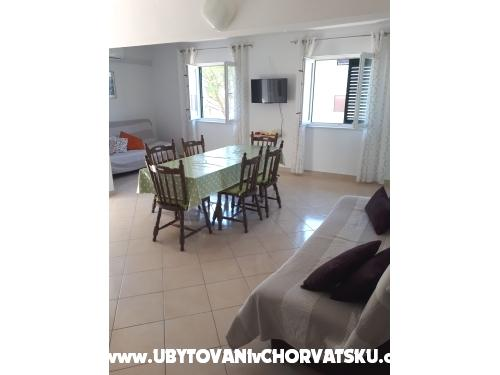 Dům Zvonimir - Rogoznica Chorvatsko