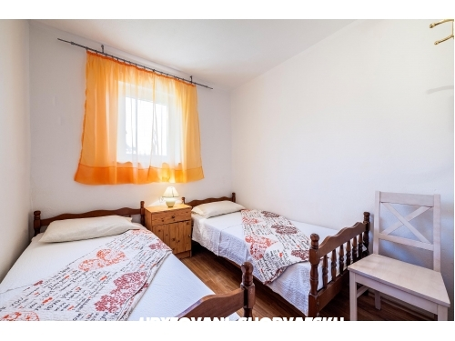 Matanovi dvori - Rogoznica Kroatien