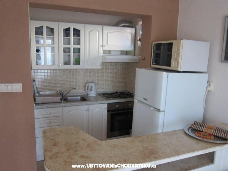 Mezaroca apartmani - Rogoznica Croazia