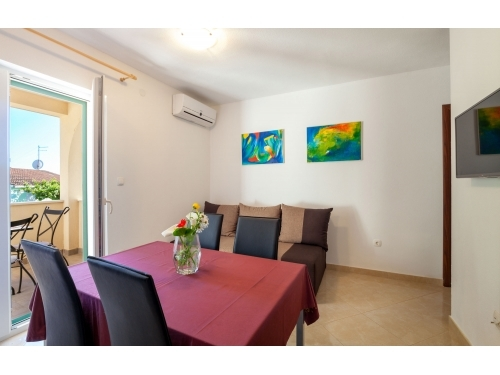 Apartments Mešin - Rogoznica Croatia