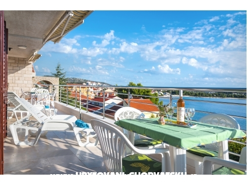 Appartements Divna - 30 m from the sea - Rogoznica Kroatien