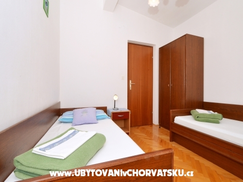 Apartm�ny Divna - 30 m from the sea - Rogoznica Chorvatsko