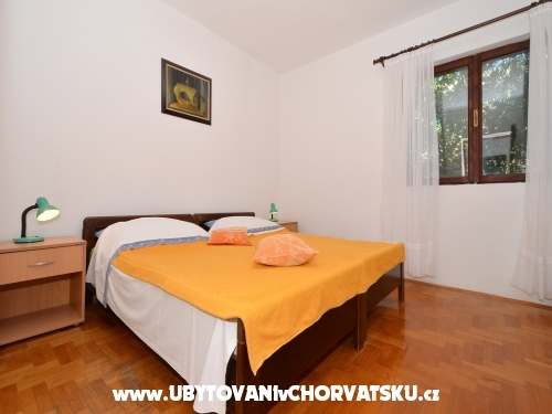 Apartmanok Divna - 30 m from the sea - Rogoznica Horv�torsz�g