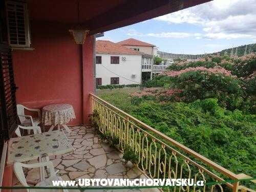 Ferienwohnungen Renata - Rogoznica Kroatien