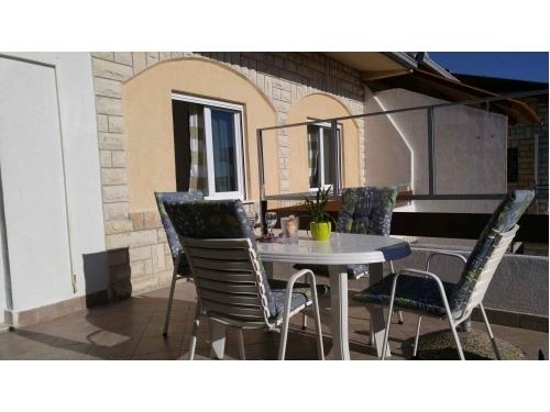 Vera Apartment - Rogoznica Croatia