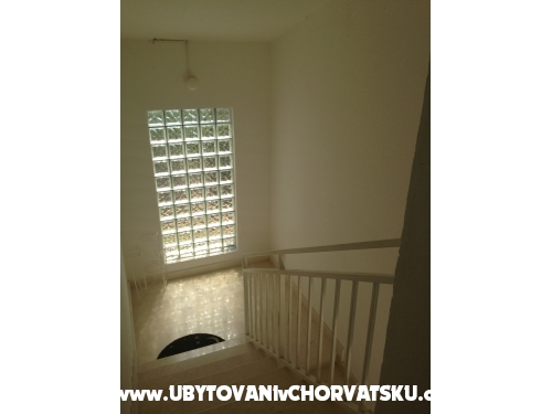 Vesna apartmani - Rogoznica Chorwacja