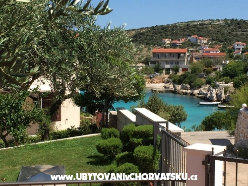Villa Nevenka - Rogoznica Chorvatsko