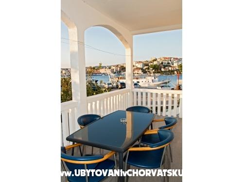 Villa Olivera - Rogoznica Hrvatska