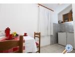 Vinka apartments DIREKT NA PLA�I - Rogoznica Kroatien