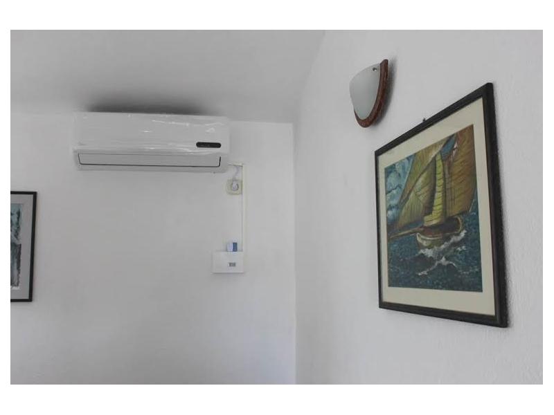 Vinka apartments DIREKT NA PLA�I - Rogoznica Croazia