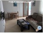 Vinka apartments DIREKT NA PLAŽI - Rogoznica Kroatien