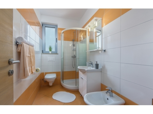 Apartmanok Kimi with swimming pool - Rovinj Horv�torsz�g