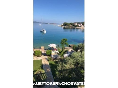 апартамент Manuela(vila Doni) - �ibenik Хорватия