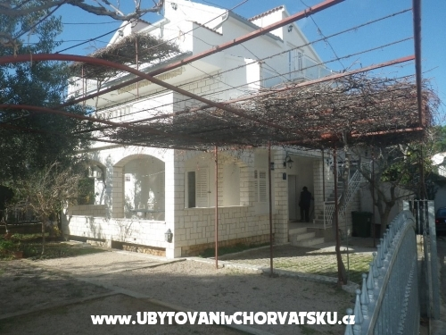 Apartmani  žaborić Jasenovo , apart - Šibenik Hrvatska