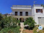 Brodarica beach house