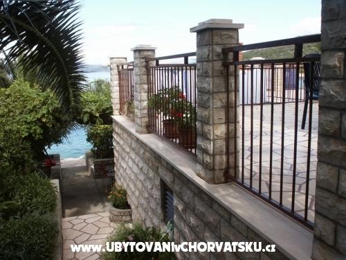 Apartmány Bosko - ostrov Šolta Chorvatsko