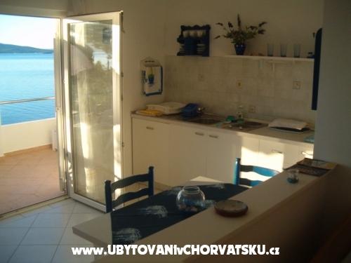 Apartmani Maja - ostrov Šolta Hrvatska