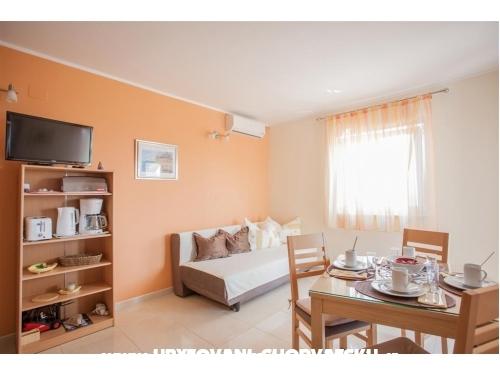 Apartmaji Matea - ostrov Šolta Hrvaška