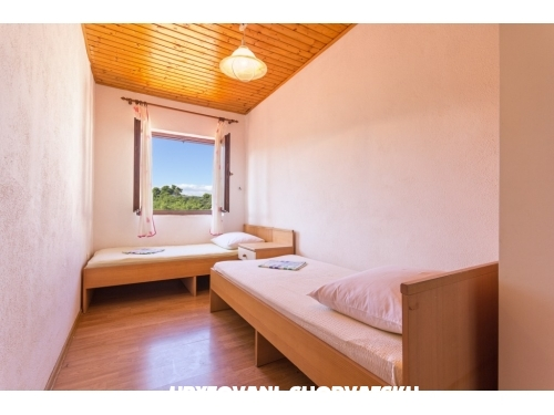 Apartments Jakov - ostrov Šolta Croatia
