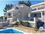 Sesula Bay Resort - ostrov Šolta Kroatien