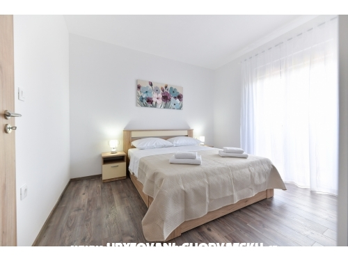 Apartmanok J - Sukošan Horvátország