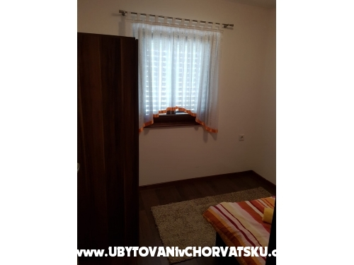 Apartma D&M - Sukošan Hrvaška