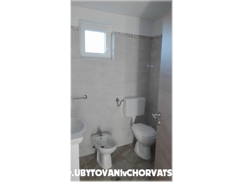 Apartmanok Grginović - Sukošan Horvátország