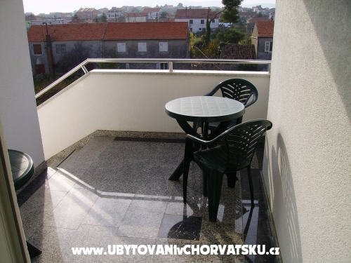 Apartmaji Oliva - Sukošan Hrvaška